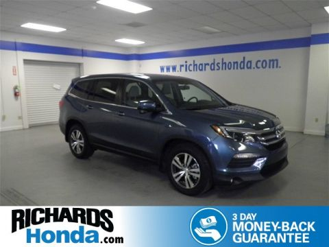 Pre-Owned 2017 Honda Pilot EX-L w/ Rear Entertainment